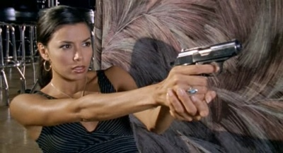 Hot Chicks of Hollywood Carry Guns!